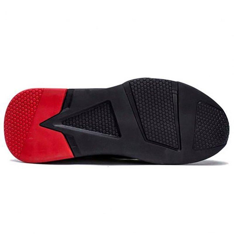 titan heavy duty sneakers greece