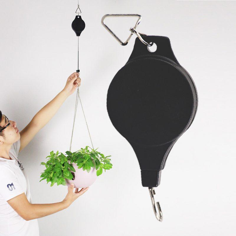 Smart Garden Easy Up Retractable Hanger Raising and Lowering Hanging Baskets