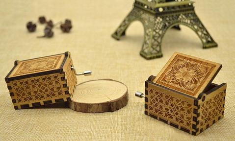 Queen Engraved Music Box