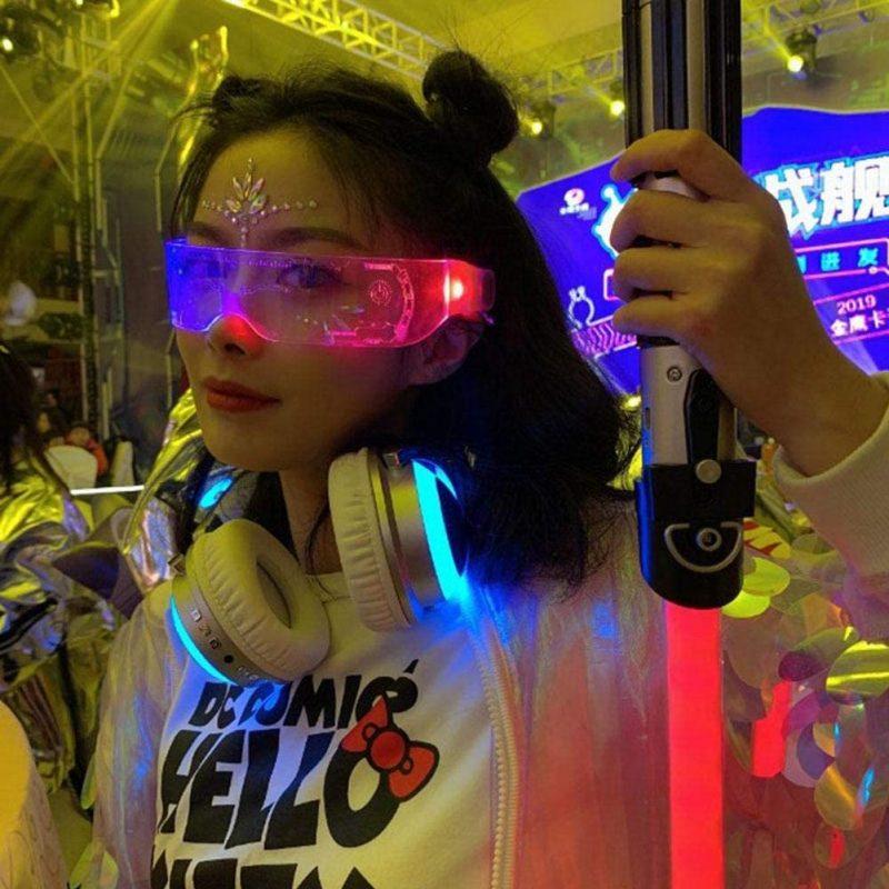 Futuristic Electronic Light Up Glasses